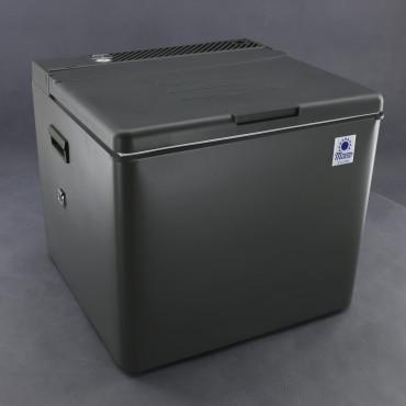SI140, 12V/ 230V/ plyn chladnička absorpční 41litrů