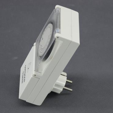 EH07, spínací hodiny mechanické do zásuvky venkovní (IP44)