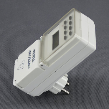 EH10, spínací hodiny digitální do zásuvky venkovní, týdenní (IP44)